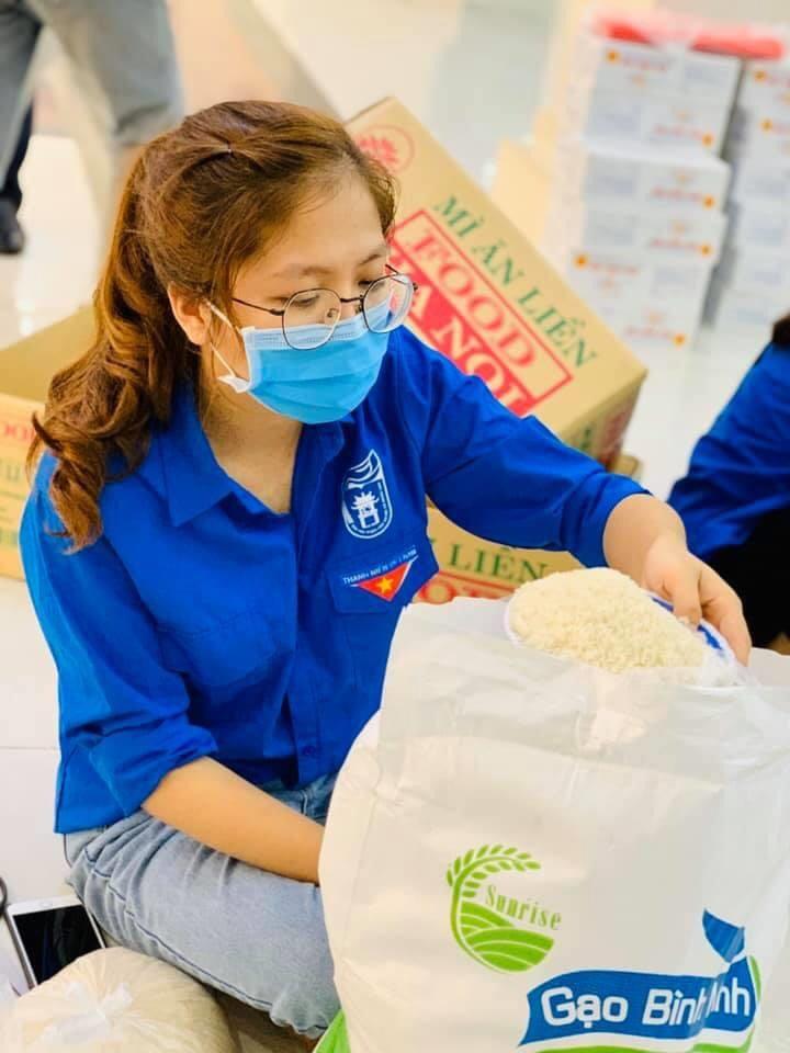 Tinh thần nhiệt huyết, đam mê tình nguyện giúp Huyền Thương luôn sẵn sàng với mọi nhiệm vụ