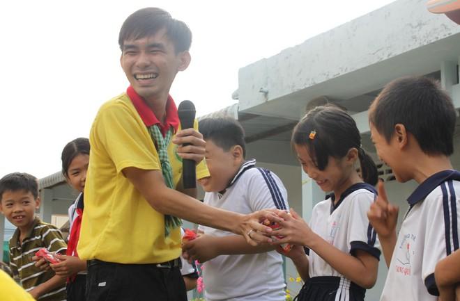 Chàng sinh viên 9X đam mê tình nguyện 3