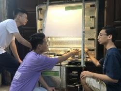Nhóm học sinh Hà Nội trồng tảo thông minh trên nền tảng IoT