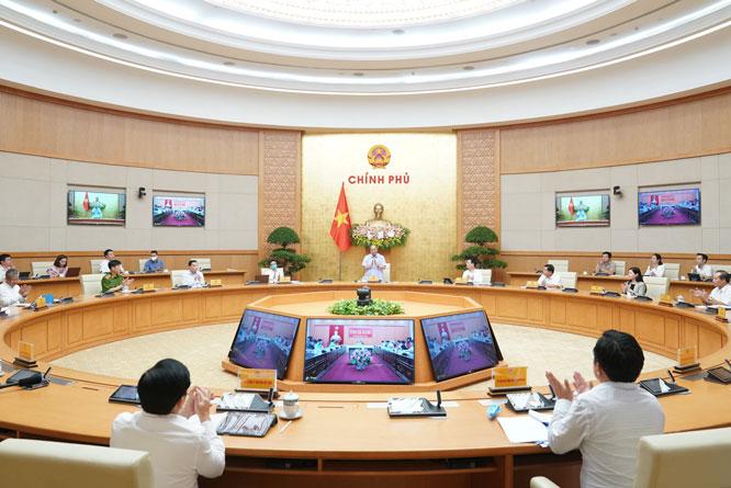 Thủ tướng chủ trì hội nghị trực tuyến về chính phủ điện tử