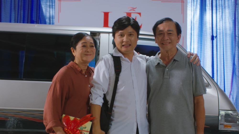Nhạc sĩ Nguyễn Hải Phong kể chuyện lớn khôn, báo hiếu cha mẹ trong MV mới