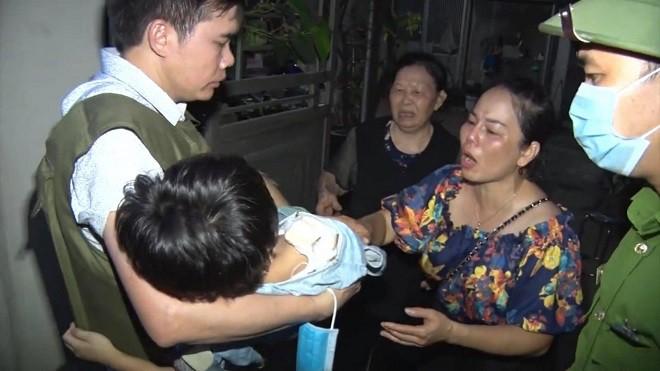 Lực lượng Công an truy bắt đối tượng bạo hành con gái dã man ở Bắc Ninh ảnh 2