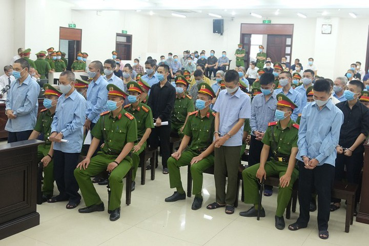 Xét xử vụ án đặc biệt nghiêm trọng tại xã Đồng Tâm: Viện kiểm sát đề nghị áp dụng mức án tử hình đối với 2 bị cáo