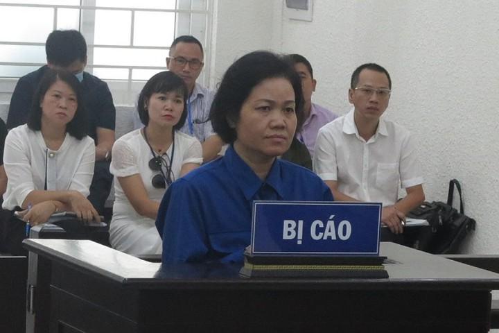 Cựu giảng viên đại học vào tù vì gian dối chiếm đoạt tiền đền bù đất