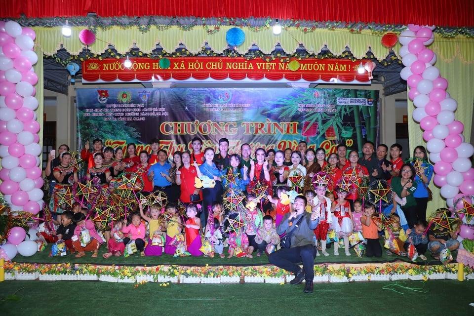 Những tấm lòng thiện nguyện tổ chức chương trình Trung thu cho các em nhỏ vùng cao Hà Giang