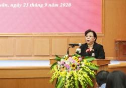 Đồng chí Nguyễn Thị Bích Ngọc tiếp xúc cử tri hai quận Thanh Xuân và Cầu Giấy