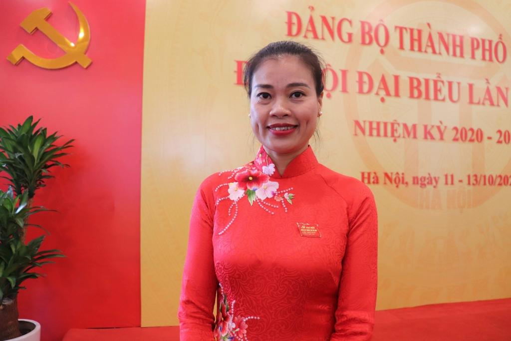 Đồng chí Bạch Liên Hương