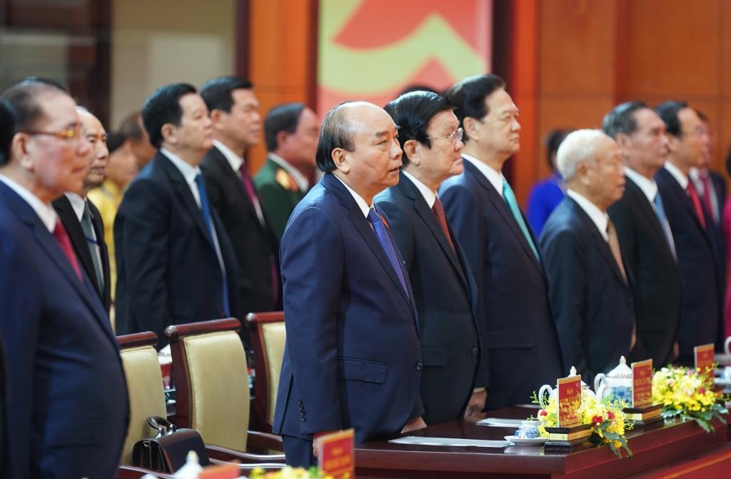 Thủ tướng Nguyễn Xuân Phúc và các đồng chí lãnh đạo, nguyên lãnh đạo Đảng, Nhà nước dự Đại hội đại biểu Đảng bộ TPHCM lần thứ XI.