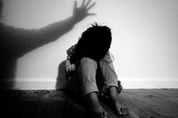 Cơ quan điều tra có thể yêu cầu gỡ bài trên báo, mạng xã hội về nhân thân bị hại dưới 18 tuổi?