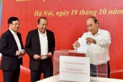 Lãnh đạo Chính phủ quyên góp ủng hộ đồng bào miền Trung bị mưa lũ