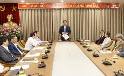 Bí thư Thành ủy đề nghị kiến trúc sư hiến kế phát triển đô thị Thủ đô