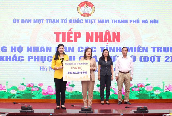 Hà Nội: Tiếp nhận 14,2 tỷ đồng ủng hộ miền Trung khắc phục hậu quả thiên tai