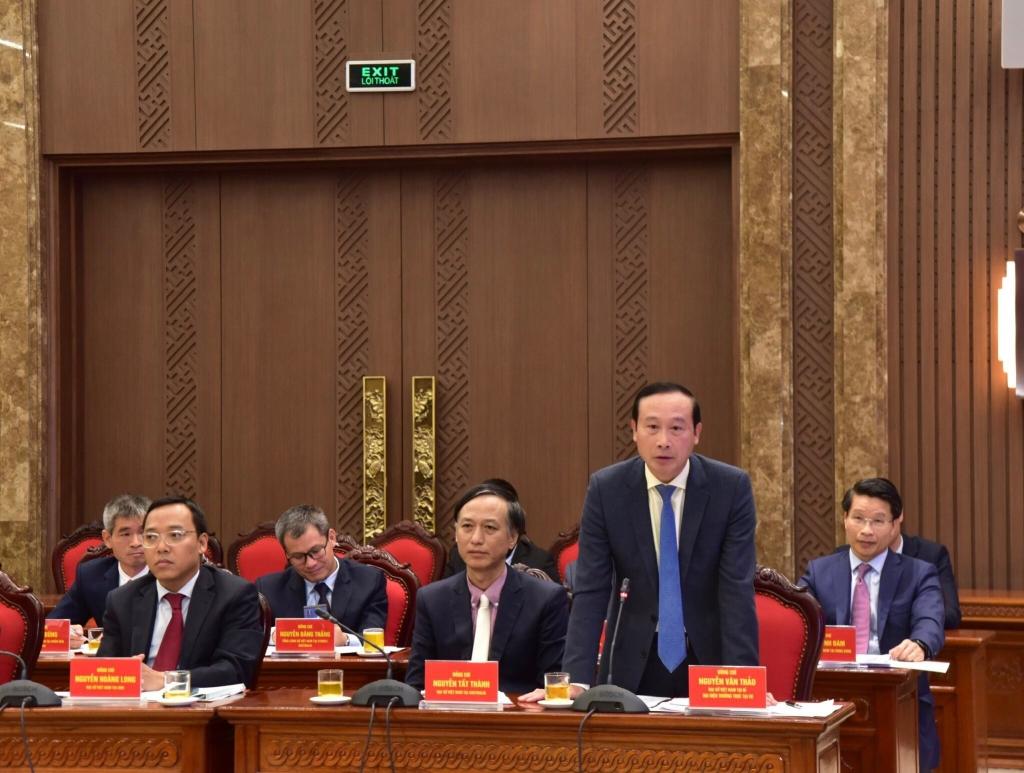 Đại diện các Đại sứ, Tổng lãnh sự Trưởng Cơ quan đại diện Việt Nam ở nước ngoài phát biểu tại buổi làm việc
