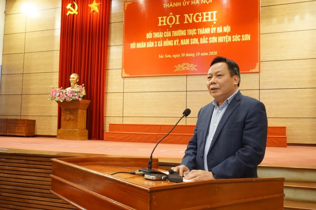 Phó Bí thư Thành ủy Nguyễn Văn Phong phát biểu kết luận buổi đối thoại