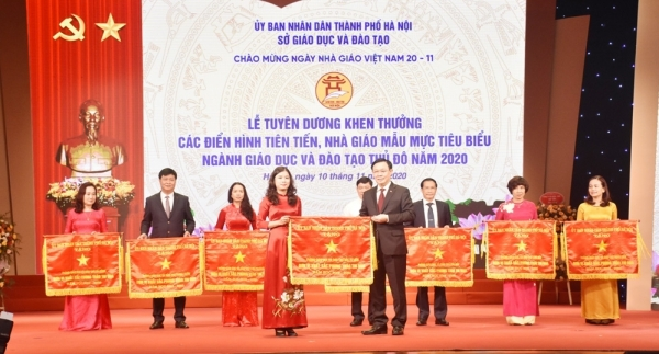 Hà Nội tuyên dương nhà giáo mẫu mực tiêu biểu năm 2020