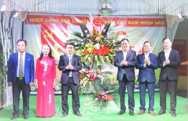 Phó Bí thư Thành ủy Nguyễn Văn Phong dự Ngày hội Đại đoàn kết toàn dân tại huyện Phú Xuyên