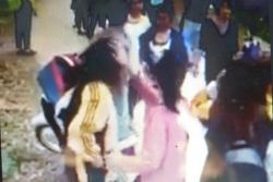 Nam thanh niên bị hành hung vì 'chia tay đòi quà'