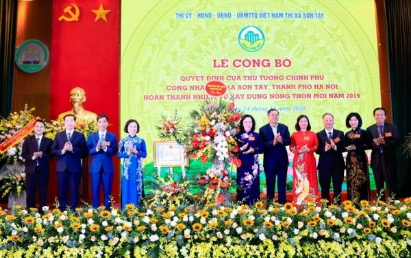 Thị xã Sơn Tây đón nhận danh hiệu đạt chuẩn Nông thôn mới