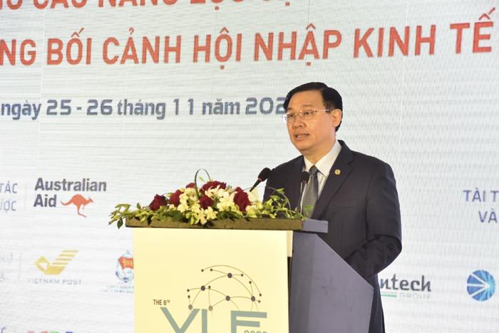 Bí thư Thành ủy Vương Đình Huệ phát biểu chào mừng