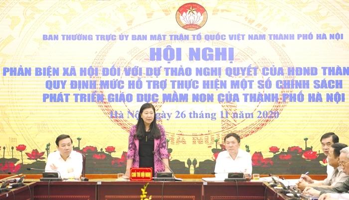 Chủ tịch Ủy ban MTTQ Việt Nam TP Hà Nội Nguyễn Lan Hương kết luận hội nghị