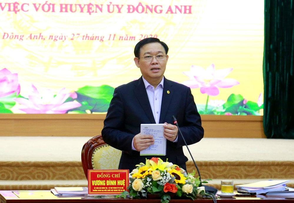 Bí thư Thành ủy Vương Đình Huệ kết luận buổi làm việc