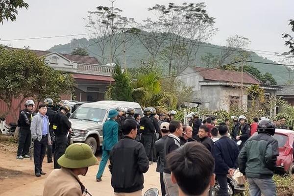 Đang truy bắt đối tượng nghi ngáo đá chém 5 người tử vong