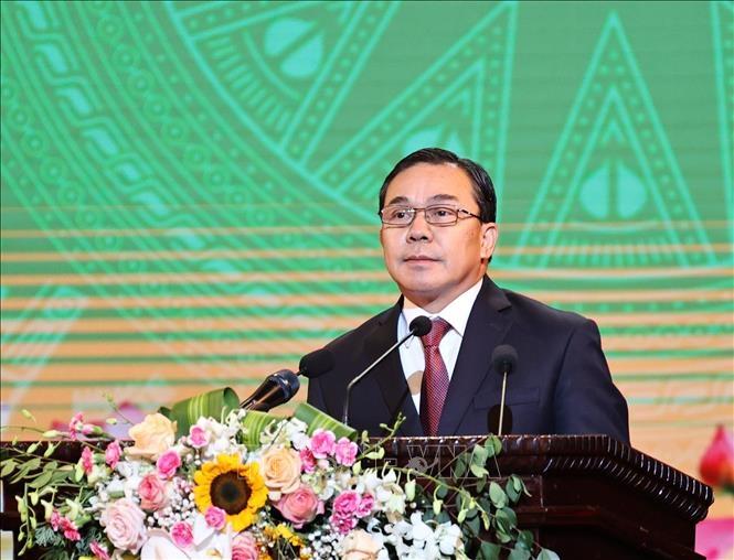 Đại sứ Lào tại Việt Nam Sengphet Houngboungnuang phát biểu tại lễ kỷ niệm.
