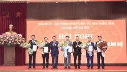 Công bố các quyết định của Thủ tướng về chuẩn y kết quả bầu bổ sung Phó Chủ tịch UBND thành phố