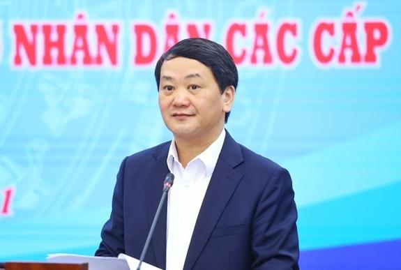 Phó Chủ tịch-Tổng Thư ký Ủy ban Trung ương MTTQ Việt Nam Hầu A Lềnh phát biểu tại hội nghị