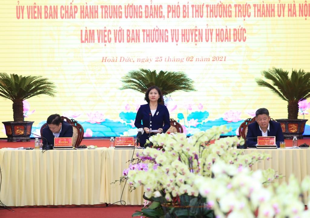 Phó Bí thư Thường trực Thành ủy Nguyễn Thị Tuyến phát biểu tại buổi làm việc
