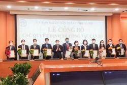 Chủ tịch UBND TP Hà Nội trao quyết định điều động, bổ nhiệm nhiều cán bộ sở, ngành