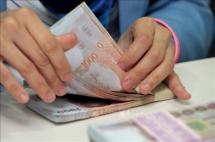 Thái Lan cách ly tiền giấy cũ, bơm thêm tiền mới để phòng, chống dịch
