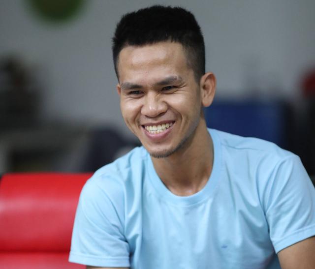 Anh Nguyễn Ngọc Mạnh, người cứu cháu bé 3 tuổi rơi từ tầng 12 chung cư ngày 28-2