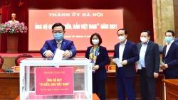 """Thành ủy Hà Nội ủng hộ Quỹ """"""""Vì biển, đảo Việt Nam"""""""" năm 2021"""