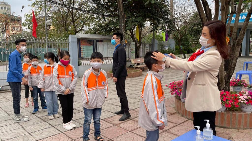 Tuổi trẻ quận Hoàng Mai luôn sẵn sàng đồng hành cùng các em học sinh, thiếu nhi