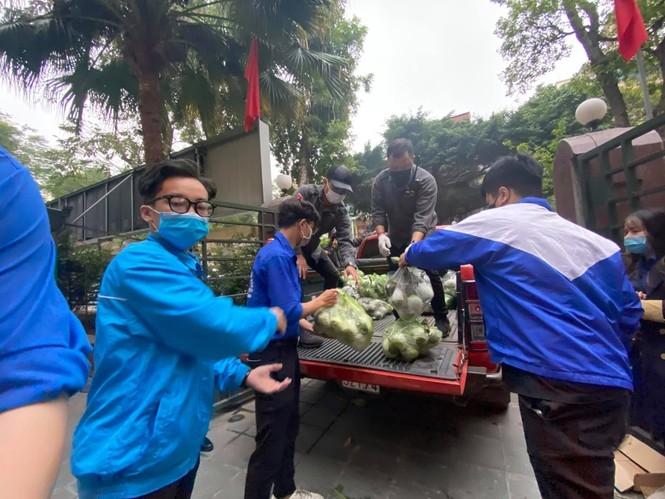 Tuổi trẻ Thủ đô hỗ trợ tiêu thụ 122 tấn nông sản cho bà con Hải Dương
