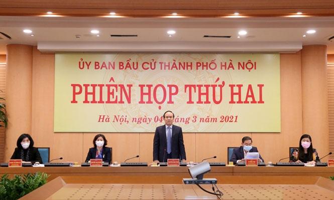 Phó Bí thư Thành ủy, Chủ tịch HĐND TP, Chủ tịch Ủy ban bầu cử TP Hà Nội Nguyễn ngọc Tuấn phát biểu tại phiên họp  Chủ tịch