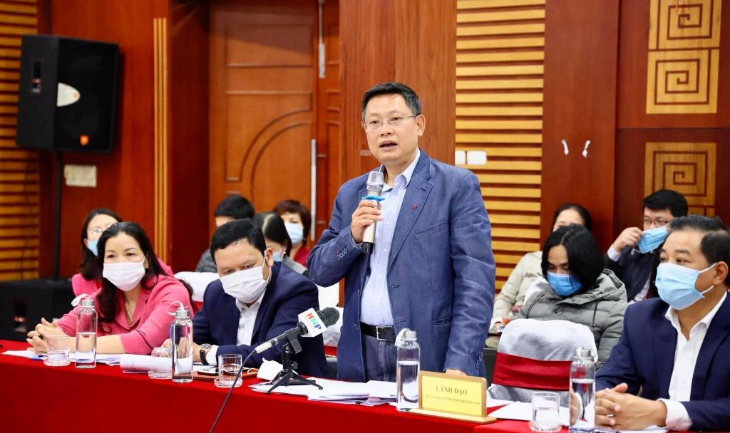 Ông Hoàng Cao Thắng, Phó giám đốc Sở Xây dựng thông tin tại buổi họp báo