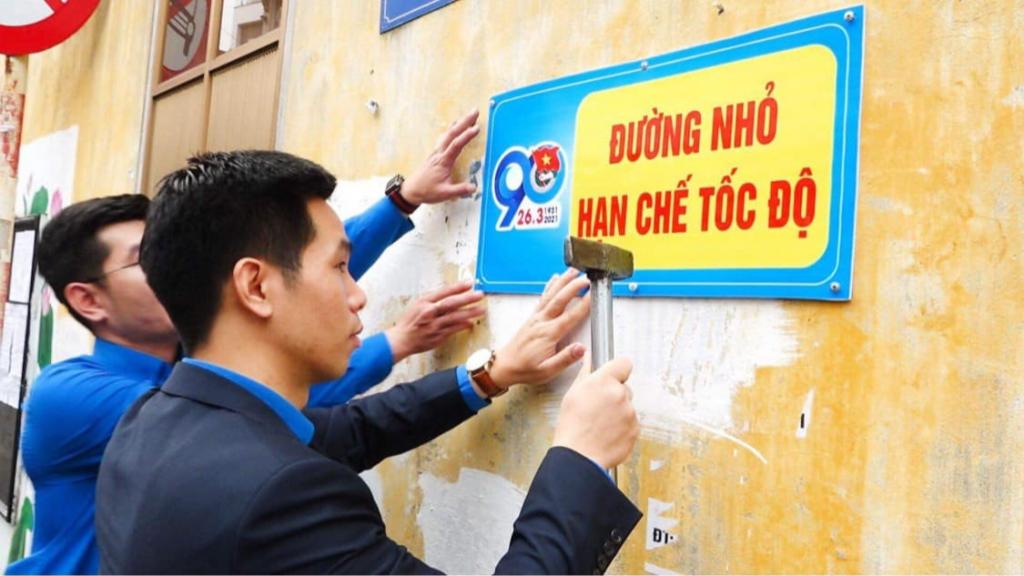 Thực hiện 9 công trình thanh niên cấp quận Long Biên mừng Đoàn 90 tuổi