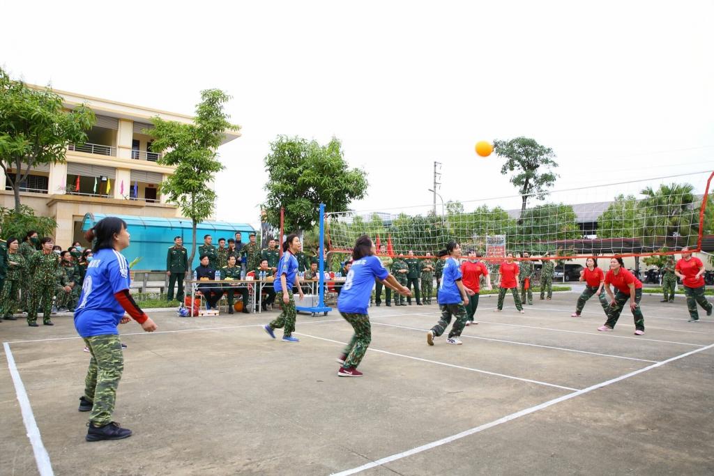 Tuổi trẻ Bộ Tư lệnh Thủ đô Hà Nội thi đua hưởng ứng Tháng Thanh niên