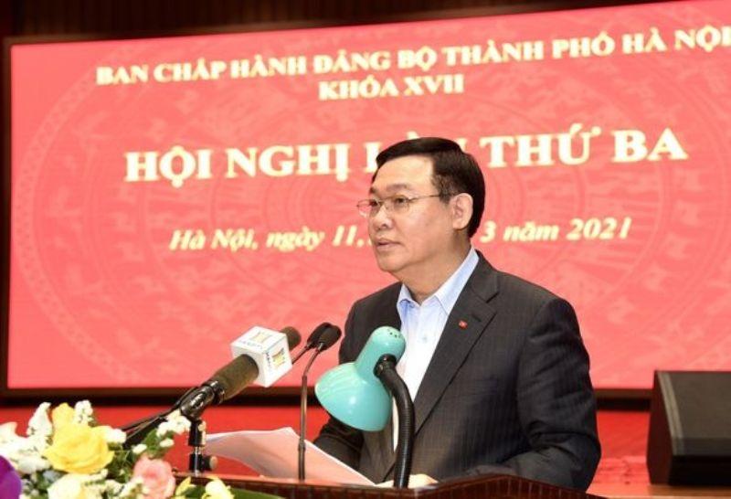 Bí thư Thành ủy Vương Đình Huệ phát biểu kết luận hội nghị