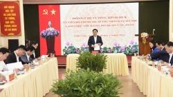 Bí thư Thành ủy Hà Nội Vương Đình Huệ làm việc với Quận ủy Cầu Giấy