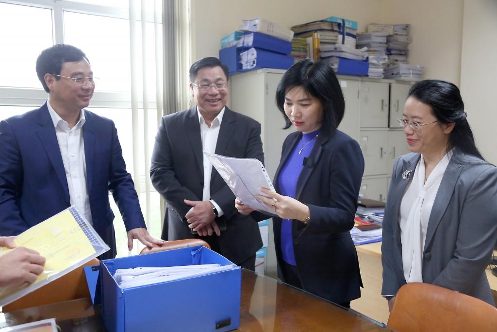 Quận Hoàng Mai cần tăng cường kiểm tra, hướng dẫn thực hiện công tác bầu cử tại các phường