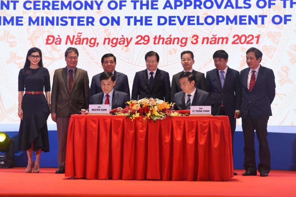 """Cam kết """"rót"""" hàng tỷ USD đưa Đà Nẵng trở thành thành phố tài chính ngang tầm thế giới"""