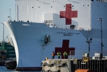 Bệnh viện dã chiến mọc lên trên khắp thế giới để chống lại Covid-19