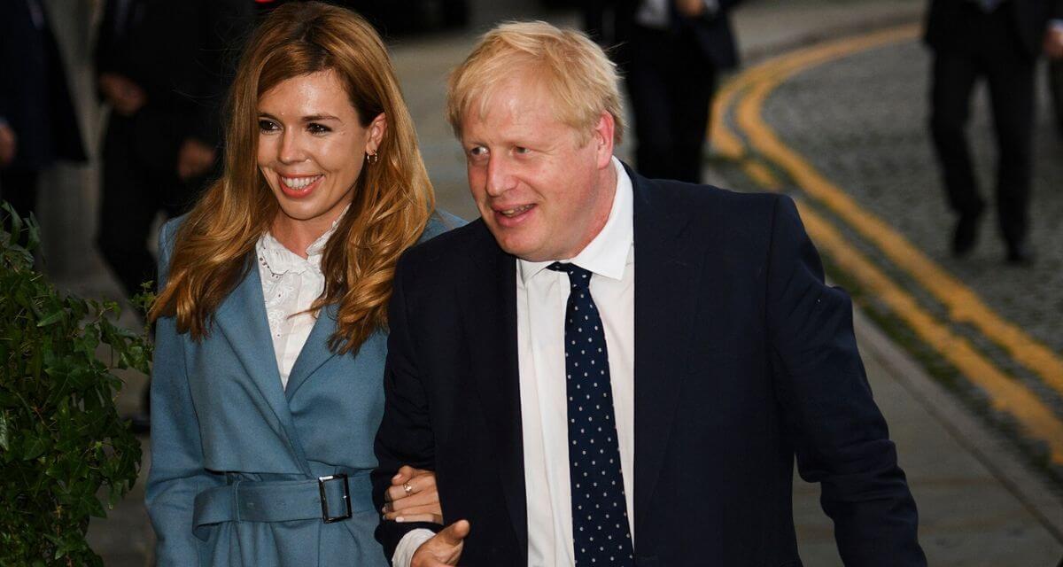 Thủ tướng Anh đặt tên con trai mới sinh theo ân nhân cứu mạng
