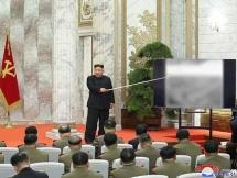 Kim Jong Un tái xuất sau 20 ngày, thảo luận về năng lực hạt nhân Triều Tiên