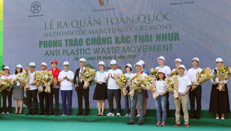 an phat tien phong chong rac thai nhua