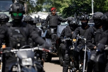 indonesia bat giu 34 nghi pham khung bo tai tinh trung kalimantan