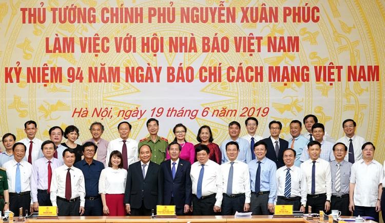 chinh phu se danh kinh phi de dat hang bao chi chat luong cao
